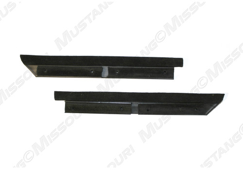 1983-1993 Ford Mustang convertible outer belt seals.