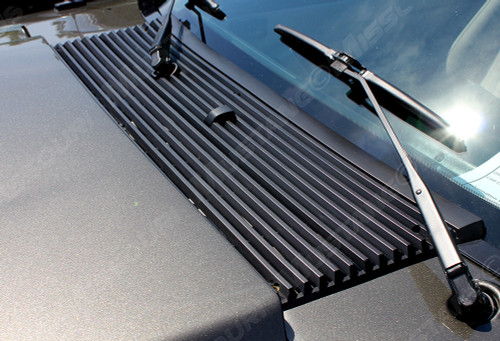 1983-1993 Ford Mustang cowl panel grille.