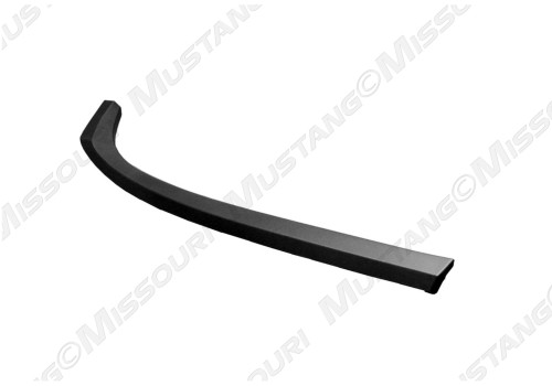 1983-1986 Ford Mustang convertible top belt molding, driver's side.