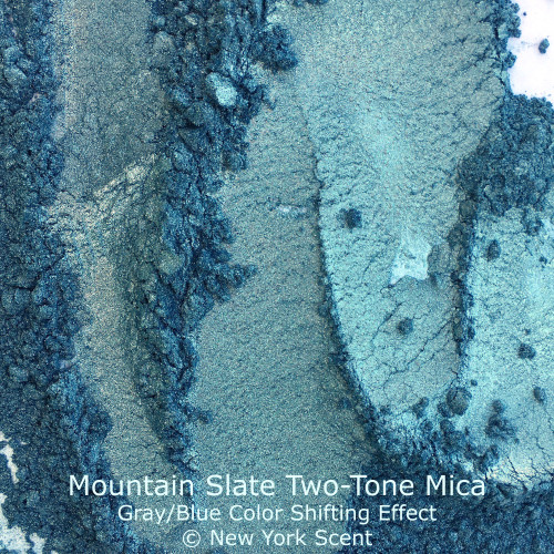 Mountain Slate Two-Tone Mica Powder with Color Shifting Effects from New York Scent