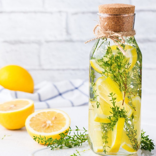 Lemon & White Thyme fragrance oil for soap and candle making from New York Scent