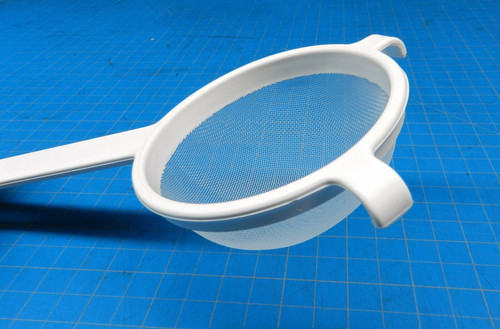 """Plastic Strainer Cooking 3-1/2"""" Swiss Made 100% Plastic and Nylon Polyester Mesh"""