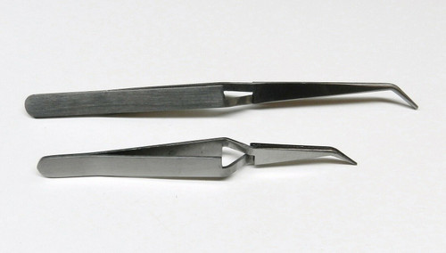 Bent Tip Cross Locking Tweezers