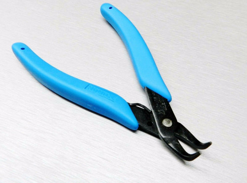 Xuron 486 Bent Nose Plier 90 Deg Tip - Hobby Craft Assembly Work - Wire Weaving