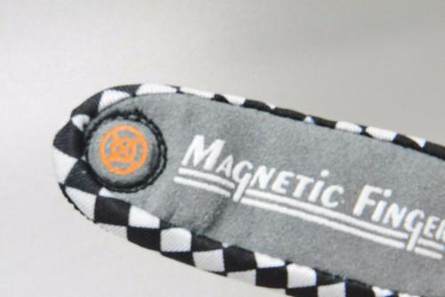 Busted Knuckle Garage Magnetic Finger Original Finger Glove Magnet on Finger Tip