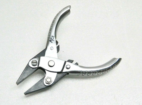 """Parallel Action Pliers Flat Nose Smooth Jaw 5"""" - 125mm Jewelry Parallel Plier"""