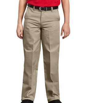 This pair of pants features a classic fit and straight leg that sits slightly below the waist. Dickies' signature FlexWaist lets kids fine tune the fit for their comfort.