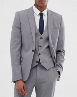In a flash, style any pair of slacks or jeans with this timeless suit jacket. Now, you're ready.
