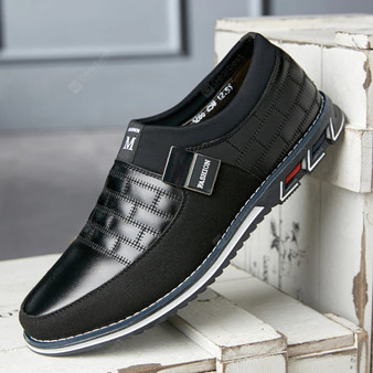 Men's Casual Loafer - Black - (Sz 8.5 US / EU 43 )