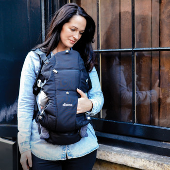 Baby and Mother using the Diono Carus Complete 4-in-1 Child & Baby Carrying System with Detachable Backpack [Black] [Gray Dark] [Navy]