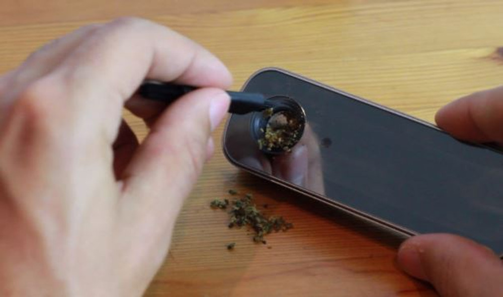 Methods and Tips for a Clean Portable Vaporizer Chamber