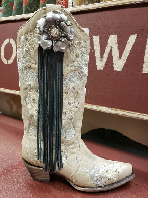 Silver Gardenia Fringe Boot Fling Thing by Rodeo Drive 3905
