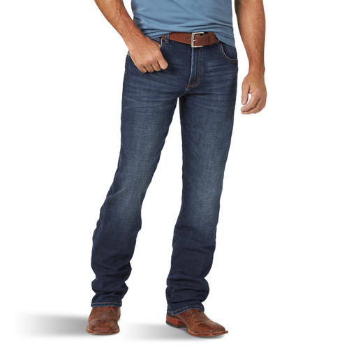 Men's Retro Premium Delray Slim Straight Jean by Wrangler 88MWZDR