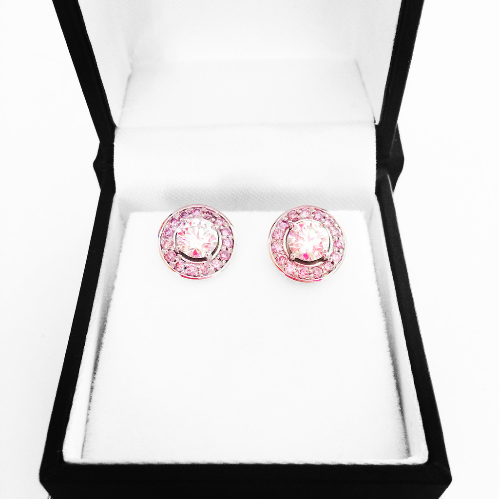diamond-solitaire-earrings-pink-diamond-halo-in-box