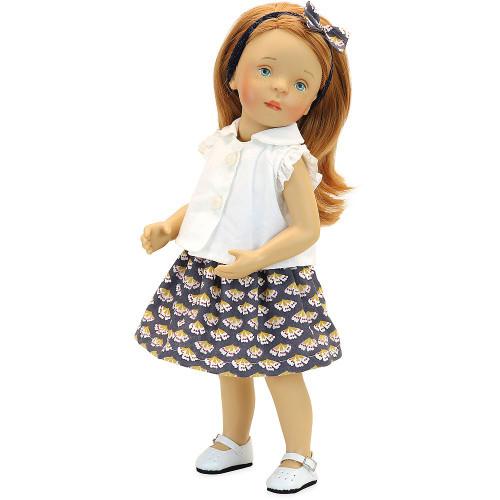 """Petitcollin Doll Minouche 34 cm """"Suzanne"""" in her bed"""