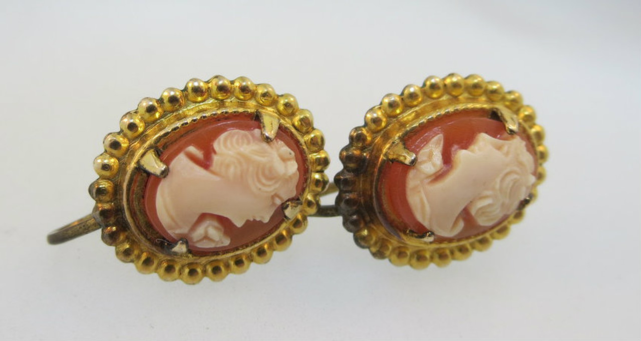 33f398cbc Vintage Gold Filled Conch Shell Cameo Screw Back Earrings*