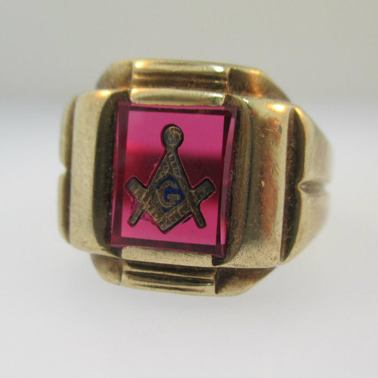 10k Yellow Gold Red Stone Masonic Ring Size 11