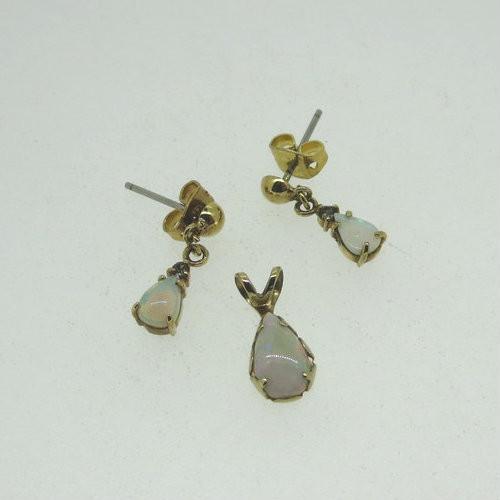 533c02b2d 14K Gold Filled Teardrop Created Opal Pendant & Dangle Earrings Set Marked  deo