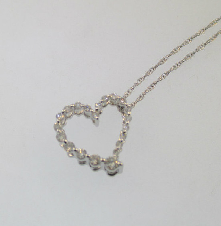 """10k White Gold Heart Shaped Pendant with Approx. .25ct TW of Diamond Pendant. 18 ½ """" 10k Whtie Gold Chain*"""
