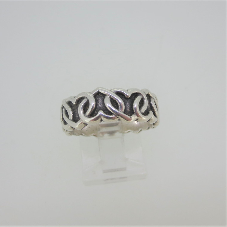 Sterling Silver Linked Hearts Pattern Band Ring Size 8.5