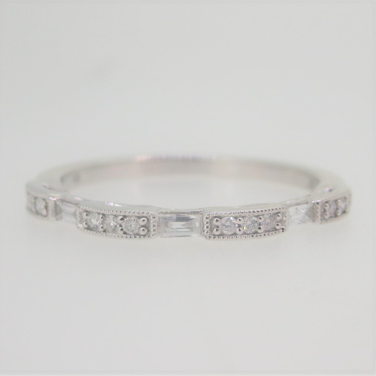 10k White Gold .15ct TW Round & Baguette Diamonds Stackable Band Ring Size 7