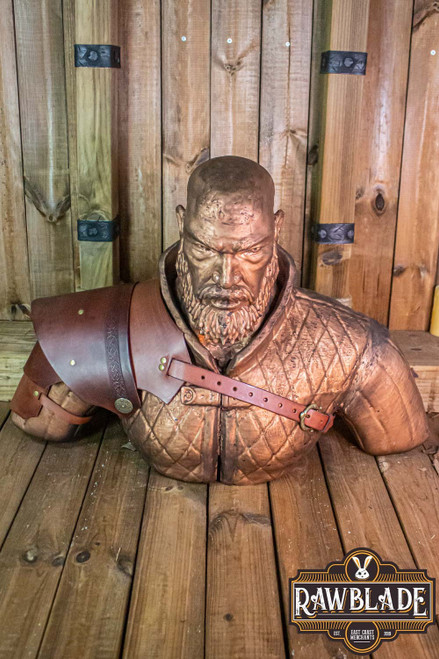 Warrior pauldron - Brown