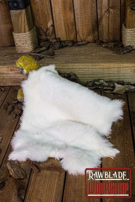Rabbit fur, White