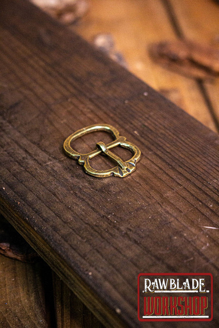 Leonis Buckle Gold
