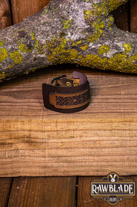 Finwe Leather Bracelet