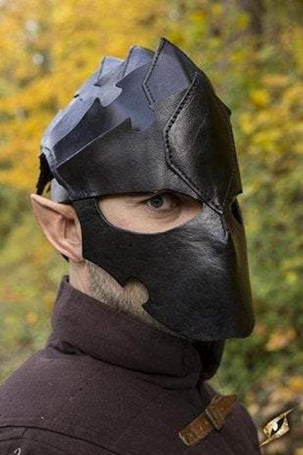 Assassin Helmet - Black