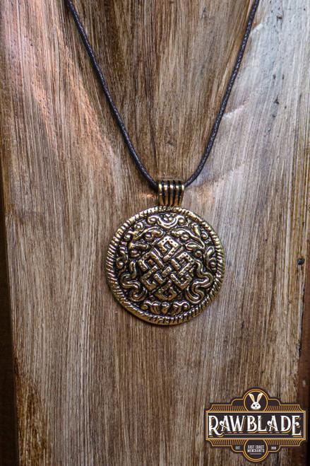 Sturn Amulet - Gold