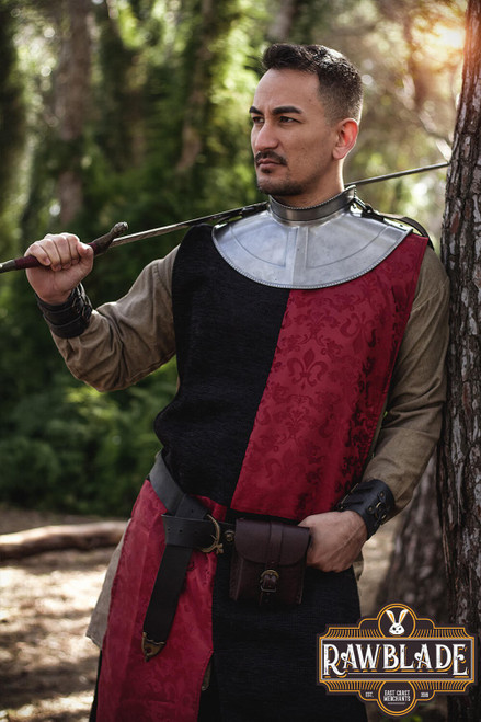 Lawrence knight tabard Chessed - Red