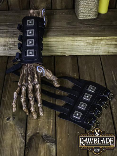 Edekan, The Hirdman Bracers - Black