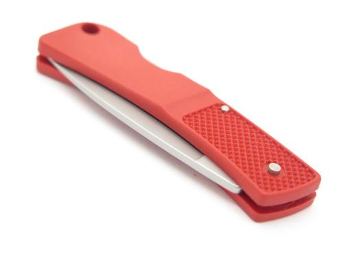 SHOT SHOW 2001 GERBER PORTLAND OR USA 300 ULTRALIGHT RED FOLDING POCKET KNIFE