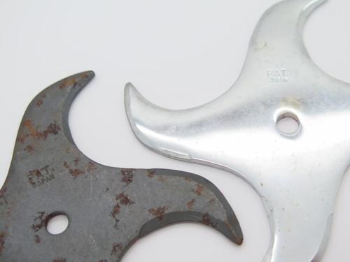 Lot of 2 Vintage 1980 Valor Shuriken Ninja Seki Japan Tak Fukuta Stainless Steel 4 Point Throwing Star