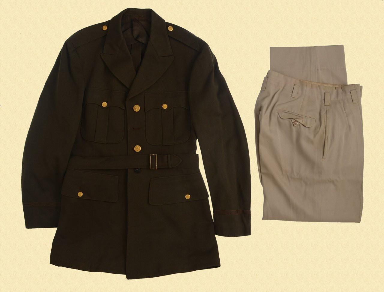 U.S. WW2 OFFICERS DRESS UNIFORM - C28948