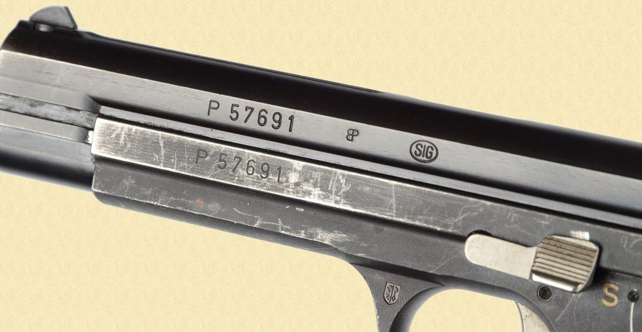 SIG P 210 GENEVA POLICE - Z28481