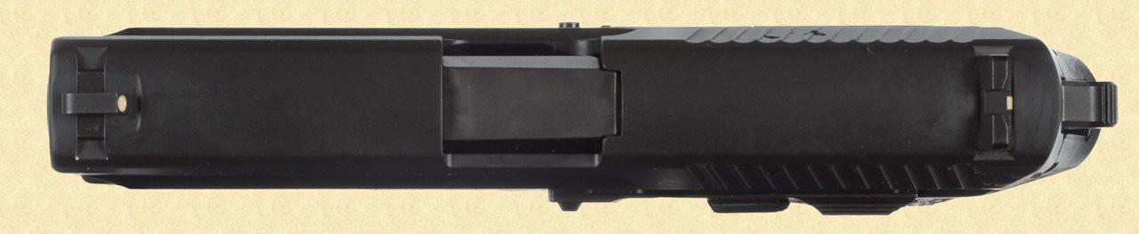 SIG SAUER SP2022 - D13618