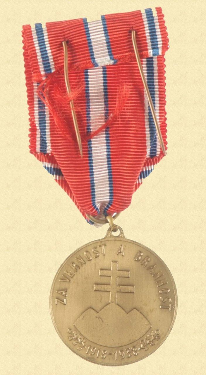 SLOVAKIAN FVC MEDAL - C10807