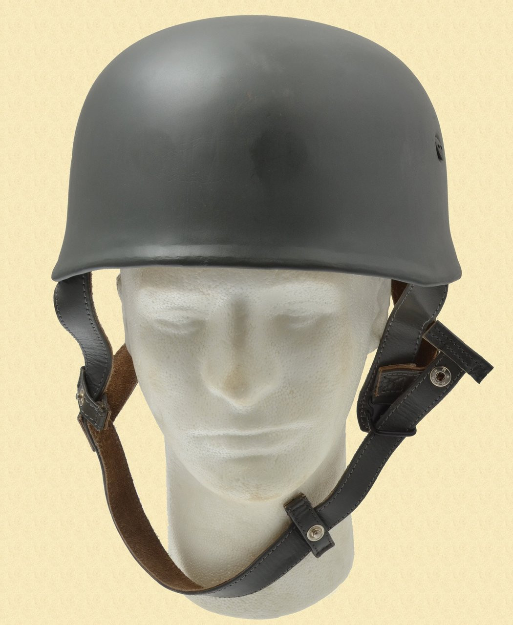 REPLICA WWII GERMAN PARATROOPER HELMET - M7218