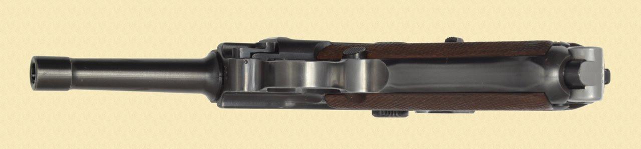 MAUSER POST WAR BANNER - C38054