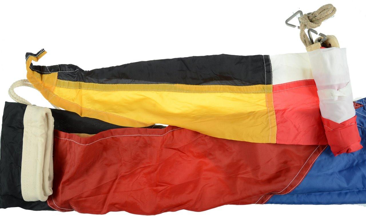 INTERNATIONAL MARITIME SIGNAL FLAGS - C22013