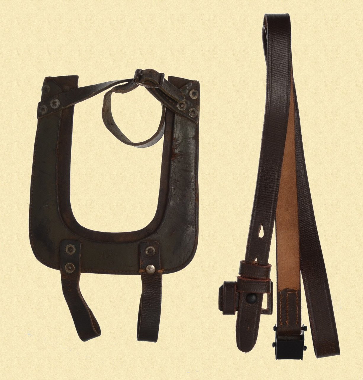 FINNISH ENTRENCHING TOOL CARRIER - C29193