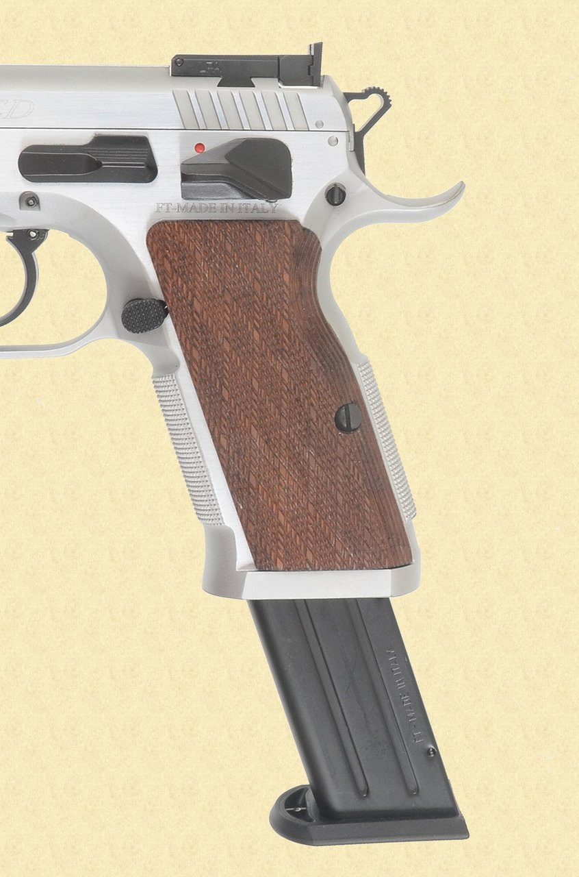 TANFOGLIO WITNESS LIMITED STAINLESS - C36967
