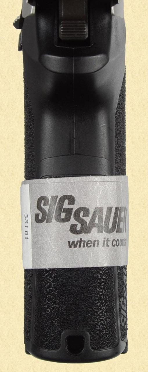 SIG SAUER SP2022 - D13709