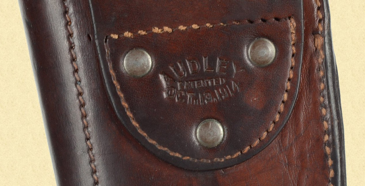 AUDLEY LUGER HOLSTER - M5760