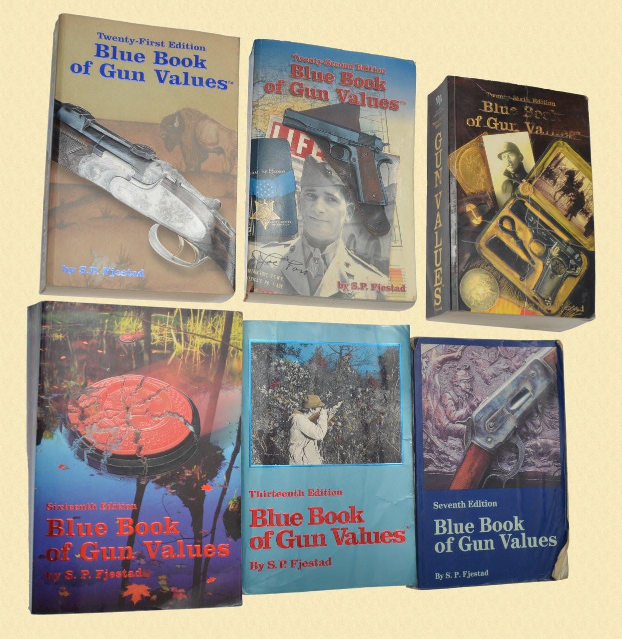 BOOKS MILITARY/FIREARMS BOOKS - C29997