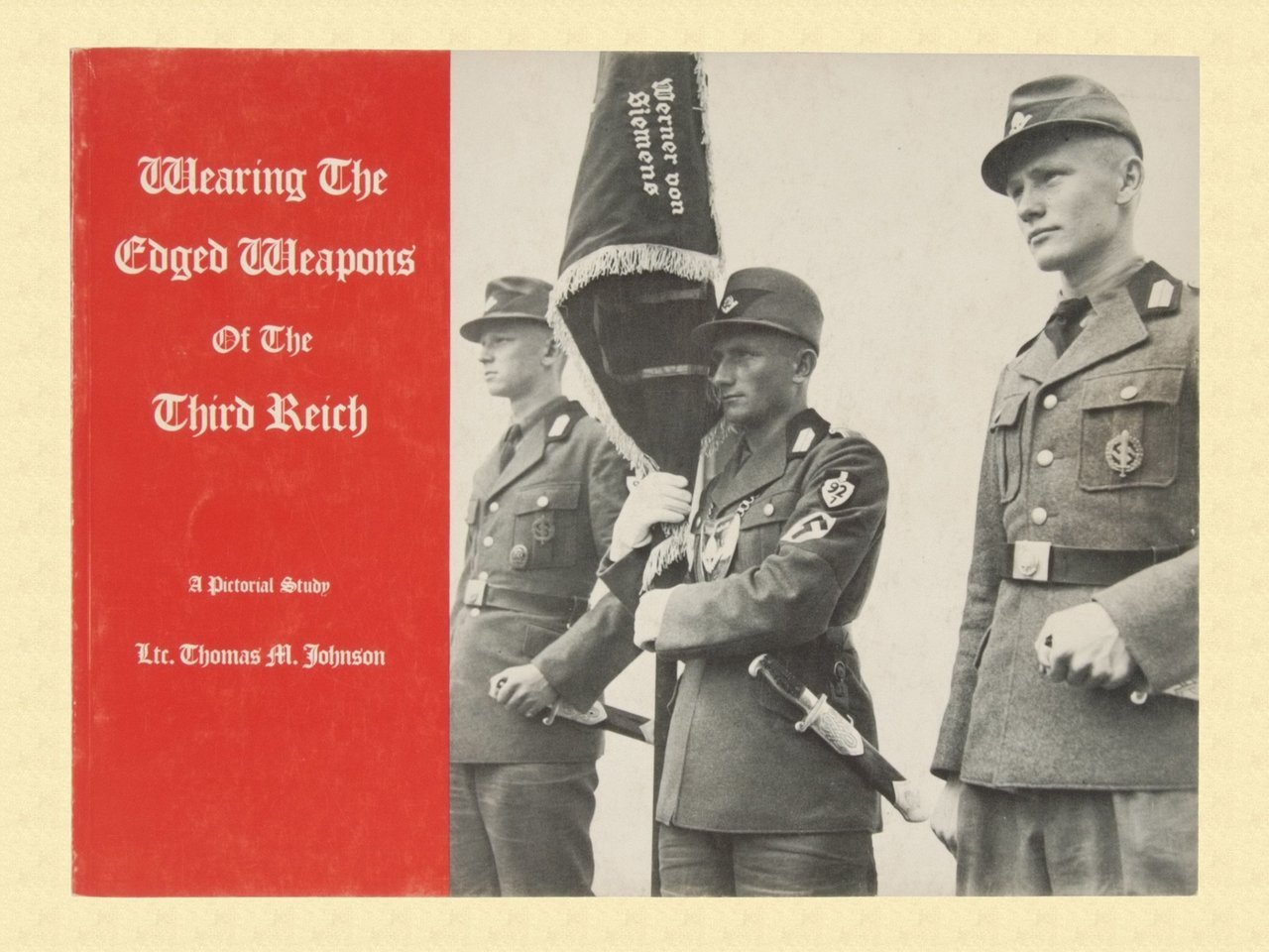 WEARING THE EDGED WEAPONS OF THE THIRD REICH - C13263