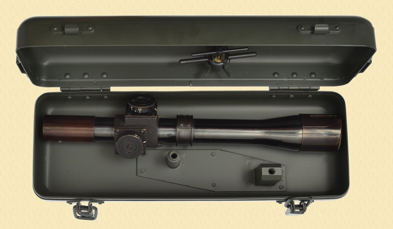 BRITISH T4 SNIPER SCOPE & CAN - M7158