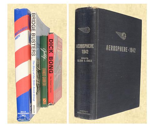MILITARY BOOKS LOT OF 5 - C42559